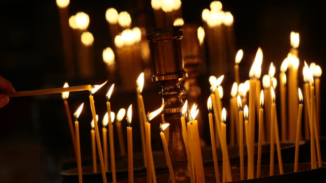 ПЪРВИ ДЕН ОТ СТРАСТНАТА СЕДМИЦА – ХРИСТОС ГОНИ ТЪРГОВЦИТЕ ОТ ХРАМА