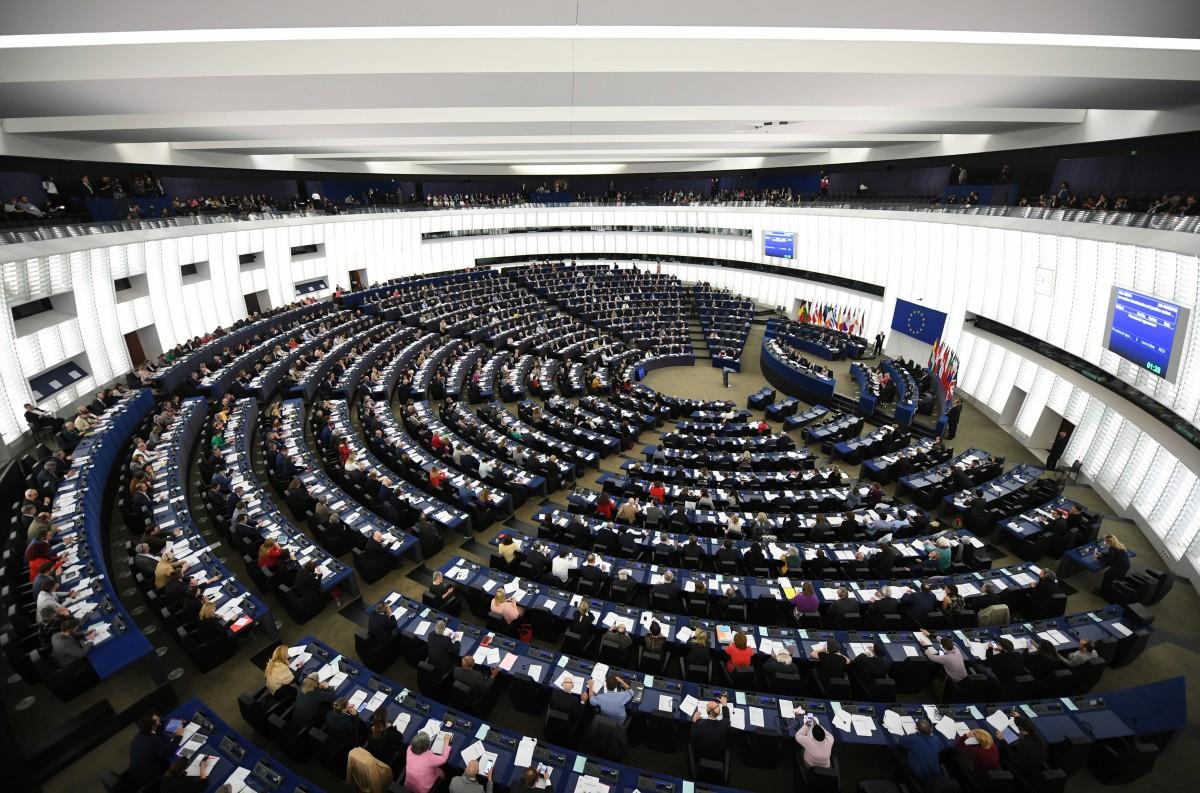 ЕС НЕ НАСРОЧИ ДАТА ЗА НАЧАЛО НА ПРЕГОВОРИТЕ С АЛБАНИЯ И СЕВЕРНА МАКЕДОНИЯ