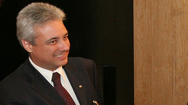 Накратко: BULGARIA NEWS ПАК ПОЗНА: МАРИН РАЙКОВ ОТИВА ПОСЛАНИК В ПАРИЖ