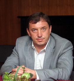 """ИВАН КОСТОВ: АЛЕКСЕЙ ПЕТРОВ Е УЧАСТВАЛ АКТИВНО В """"ГАЛЕРИЯ"""""""