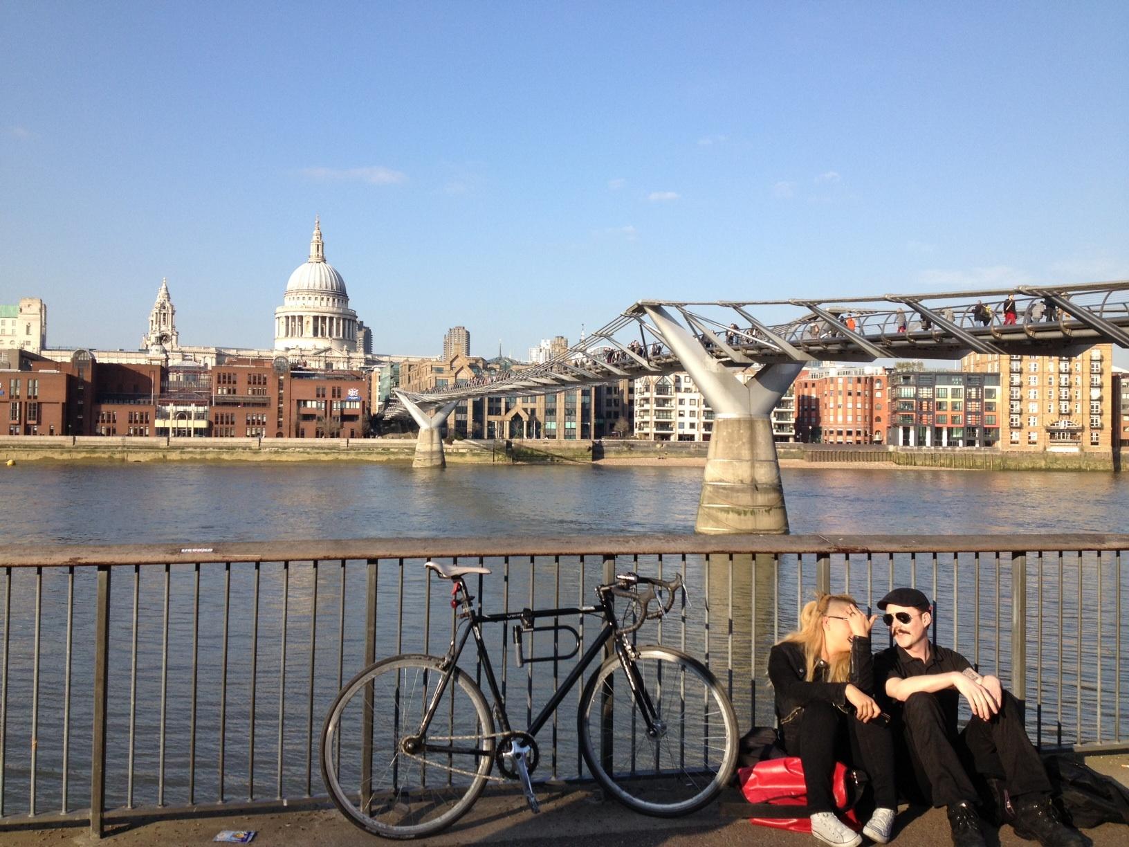 WOW GREAT BRITAIN: БУМ В ИКОНОМИКАТА И НА ИМОТНИЯ ПАЗАР, БЕЙБИ-БУМ В ЛОНДОН - НАСЕЛЕНИЕТО СТИГНА РЕКОРДНИТЕ 8,3 МИЛИОНА