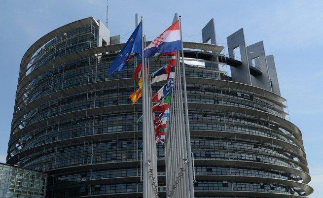БЕНТЪТ СЕ ОТПРИЩИ – В ОЩЕ ТРИ ДЪРЖАВИ ИСКАТ РЕФЕРЕНДУМ ЗА НАПУСКАНЕ НА ЕС