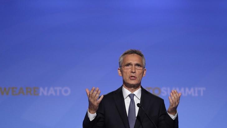 СТОЛТЕНБЕРГ: НАТО БОМБАРДИРА СЪРБИЯ, ЗА ДА ЗАЩИТИ ЦИВИЛНИТЕ ГРАЖДАНИ И ДА СВАЛИ МИЛОШЕВИЧ