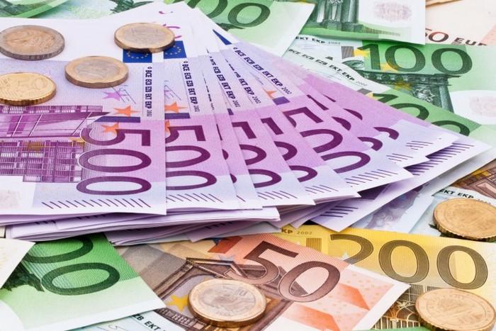 ТУРЦИ ОПИТАХА ДА ВНЕСАТ У НАС 42 000 ЕВРО БЕЗ ДА ГИ ДЕКЛАРИРАТ
