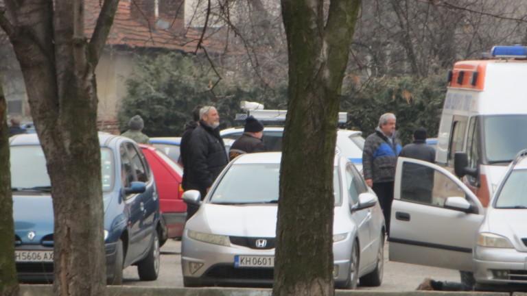 Накратко: МЪЖ ИЗДЪХНА ДОКАТО ОБИРАШЕ АВТОМОБИЛ В КАЗАНЛЪК